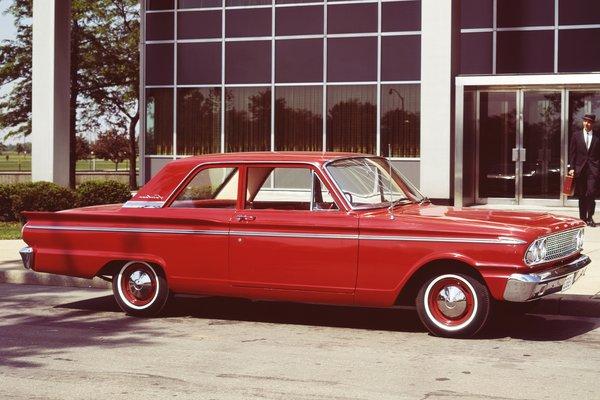 1963 Ford Fairlane 2d sedan