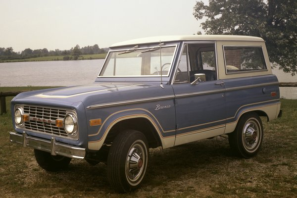 1973 Ford Bronco Wagon