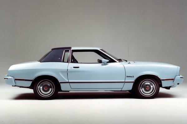 1975 Ford Mustang II Ghia