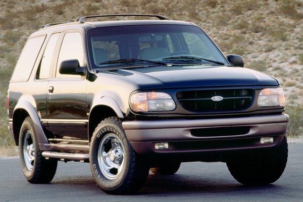 1997 Ford Explorer 2d