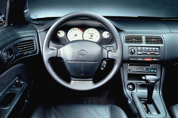 1995 Nissan 240SX Instrumentation