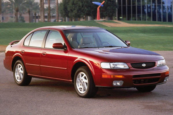 1995 Nissan Maxima SE
