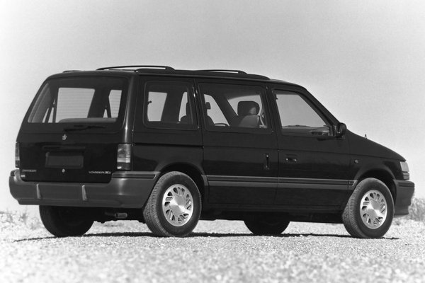 1993 Plymouth Voyager