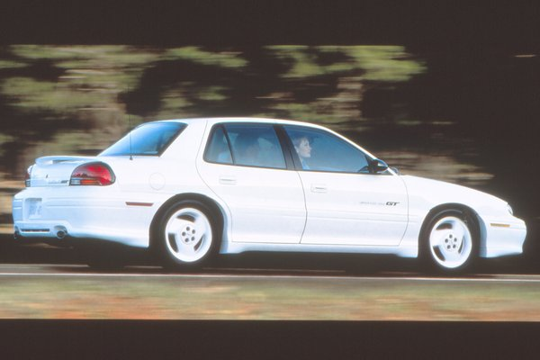1997 Pontiac Grand Am GT sedan