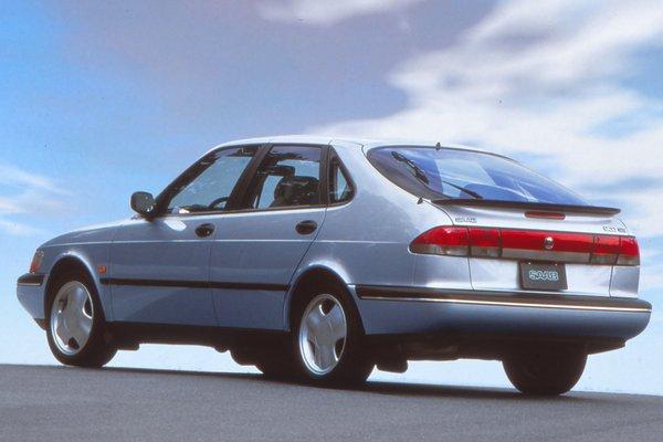 1996 Saab 900 5d