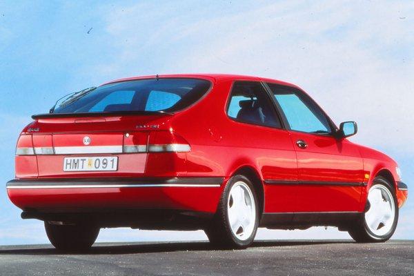 1996 Saab 900 coupe