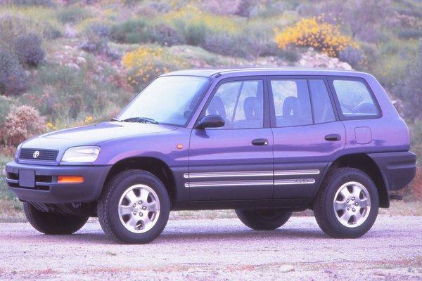 1996 Toyota RAV4 4d