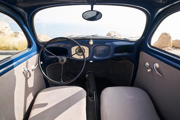 1949 Volkswagen Type 1 (Beetle) sedan Interior