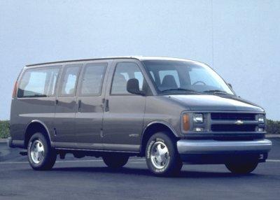 2000 Chevrolet G1500 Express