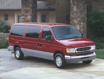 2000 Ford E150 Van