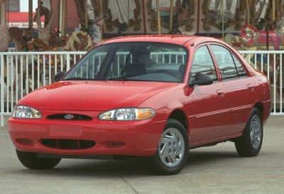 2000 Ford Escort SE