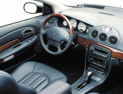 2001 Chrysler 300M interior