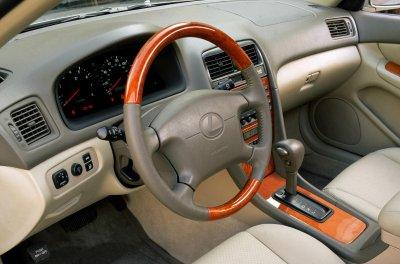 2001 lexus es 300 coach edition