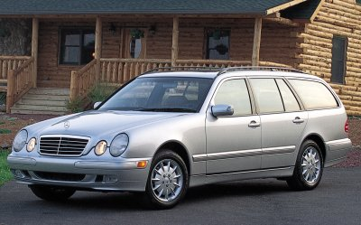 2001 Mercedes-Benz E320 station wagon