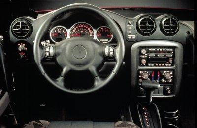 2001 Pontiac Aztek GT interior