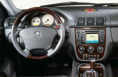 2002 Mercedes-Benz ML55 AMG interior