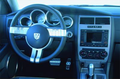 2003 Dodge SRT-8 Magnum concept interior