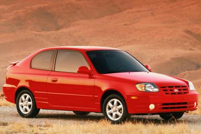 2003 Hyundai Accent 3d