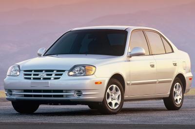 2003 Hyundai Accent 4d