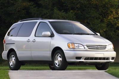 2003 Toyota Sienna Symphony