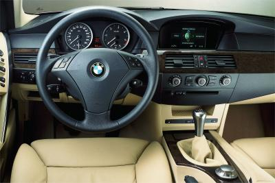 2004 BMW 5-Series instrumentation