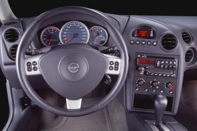 2004 Pontiac Grand Prix instrumentation