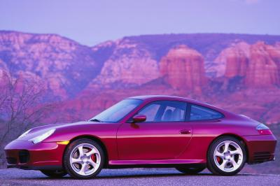 2004 Porsche 911 Carrera 4S coupe