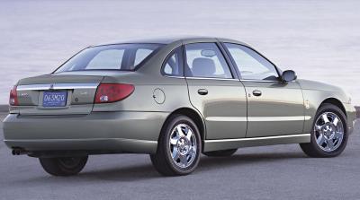 2004 Saturn L sedan