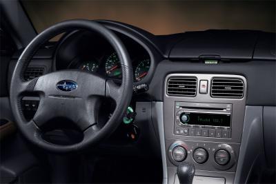 2004 Subaru Forester 2.5XT instrumentation
