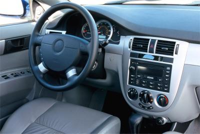 2004 Suzuki Forenza instrumentation