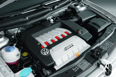 2004 Volkswagen R32 Engine