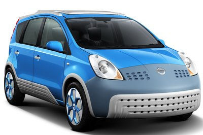 2005 Nissan Note inspired by Addidas