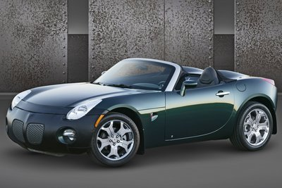 2005 Pontiac Solstice Accessorized