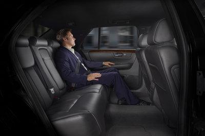 2007 Cadillac DTS-L Interior
