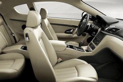 2008 Maserati GranTurismo Interior