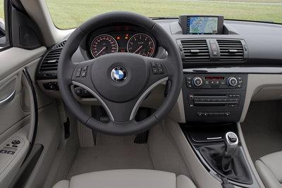 2009 BMW 1-Series 135i Coupe Instrumentation