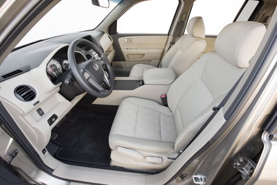 2009 Honda Pilot LX Interior