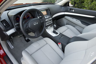 2009 Infiniti G Sedan Interior