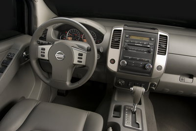 2009 Nissan Frontier Crew Cab Instrumentation