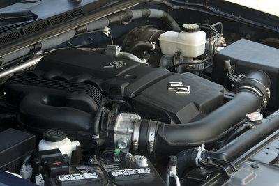 2009 Suzuki Equator Crew Cab Engine