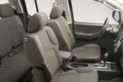 2009 Suzuki Equator Crew Cab Interior