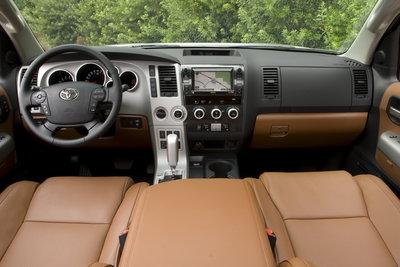 2009 Toyota Sequoia Platinum Instrumentation