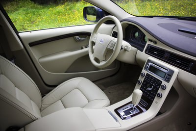 2009 Volvo V70 Interior