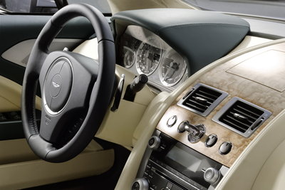 2010 Aston Martin Rapide Instrumentation