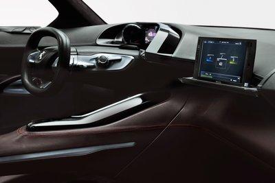 2010 Peugeot HR1 Interior