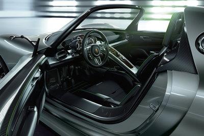 2010 Porsche 918 Spyder Interior