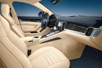 2010 Porsche Panamera Interior