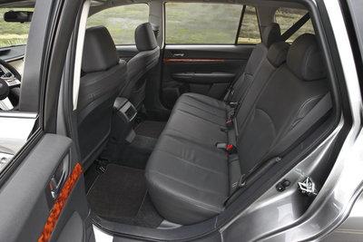 2010 Subaru Outback 3.6R Interior