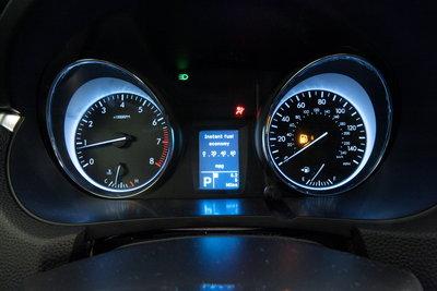 2010 Suzuki Kizashi Instrumentation