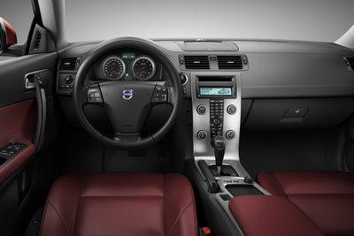 2010 Volvo C70 Instrumentation